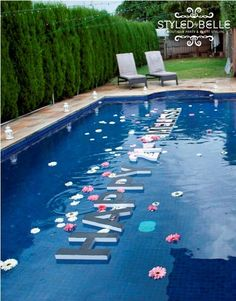 Party Adult Birthday Easy Diy Ideas For 2019 Swimming Pool Decorations, Pool Party Decorations, Floating Pool Decorations, My Pool, Pool Floats, Luau Party, Outdoor Pool, Party Outdoor, Summer Fun