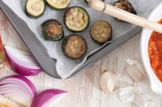These recipes are all freezer friendly, meaning your weekly food prep, or kid friendly meals, are all super easy. We've even got some healthy, vegan and keto alternatives for delicious meals. Roasted Zucchini Recipes, Roast Zucchini, Freezer Friendly Meals, Freezer Meals, Easy Meals, Vegetable Rice, Meal Prep For The Week, Indonesian Food, Side Dishes