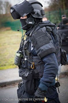 GIGN (anti-terrorism unit from From Gedarmerie) in Dammartin-en-Goëlle, Military Armor, Military Police, Police Officer, Tactical Armor, Tactical Wear, Ghost Soldiers, Army Gears, Military Special Forces, Tactical Equipment