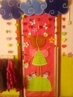 Puerta decorada primavera