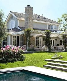 50 Amazing Natural Stone Exterior Backyards Ideas_14