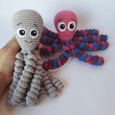Crotchet Animals, Octopus, Crochet Hats, Doll Outfits, Crochet Dolls, Crochet Octopus, Key Chains, Legs, Amigurumi