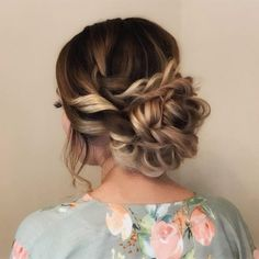 homecominghairstyles bobhairstylesmedium promhairstyles hairstyles french modern braids updos 2019 down prom cute half ups dos Modern French Braids 23 Cute Prom Hairstyles for 2019 Updos Braids Half Ups Down Dos You can find Modern and more on our website Box Braids Hairstyles, Prom Hairstyles For Short Hair, Homecoming Hairstyles, Trending Hairstyles, Down Hairstyles, Prom Updo, Modern Hairstyles, Updos With Braids, Gorgeous Hairstyles