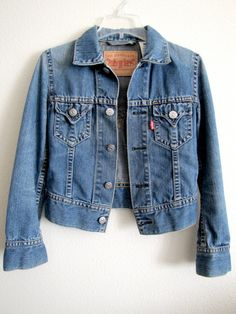 CROPPED LEVIS JACKET, Vintage Levis Denim Jacket, Women's Outerwear, Short Vintage Levi Jean Jacket, Coat