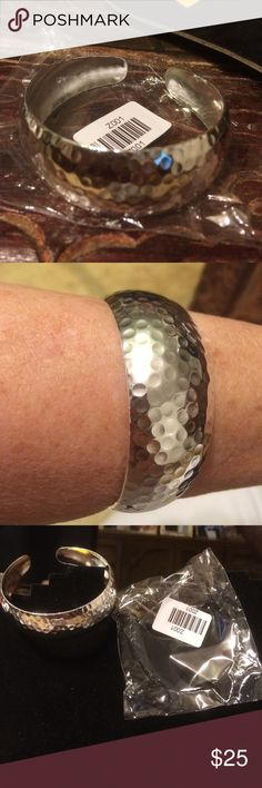 925 silver hammered bangle stamped Beautiful 925 silver stamped hammered bangle Great for MARDI GRAS Accessory Collective Jewelry Bracelets