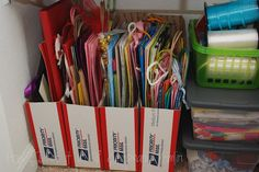 DIY Gift Bag Organizer : upcycle cardboard boxes or magazine holders to keep gift bags organized and wrinkle free. (Cover the box in wrapping paper for a prettier look) Organisation Hacks, Gift Bag Organization, Gift Bag Storage, Closet Storage, Craft Storage, Organizing Gift Bags, Organizing Ideas, Storage Ideas, Wall Storage