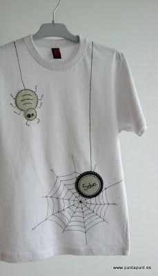 """· punt a punt: """"Camiseta con telarañas..."""""""
