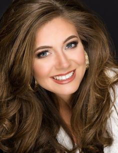 Miss Heartland 2017 Janna Harner's official headshot. Photo: Miss Illinois Organization Most Beautiful Faces, Beautiful Smile, Gorgeous Women, Beauty Full Girl, Beauty Women, Girl Face, Woman Face, Miss Illinois, Pretty Face