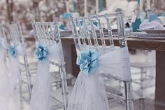 Blue White and Silver Wedding | Blue, Silver & White Winter Wedding Inspiration