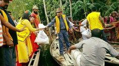 Dhaka Rojoni Ghandha #LionsClub (Bangladesh) provided supplies to people in a flooded area