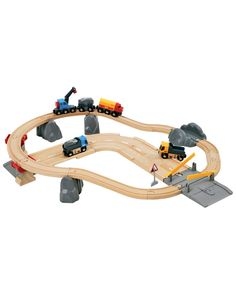Brio Rail & Road Loading Set is on Rue. Shop it now.