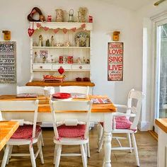 Dining-area--Detached-house--PHOTOGALLERY--Style-at-Home--housetohome.jpg (550×550)