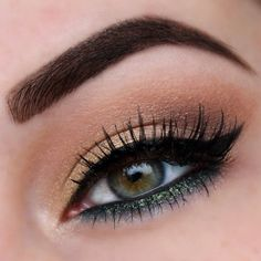 Meagan @megsmakeupxo Instagram photos | Webstagram Mac Undercurrent liner. a gorgeous green with gold in it! On lid is Urban Decay Strike & Mac Handwritten and Soft Brown. Brows are Anastasia dipbrow in chocolate