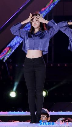 APink NaEun Kpop Fashion Outfits, Stage Outfits, Korean Outfits, Trendy Outfits, Girl Outfits, Cute Outfits, Kpop Girl Groups, Kpop Girls, Korean Girl
