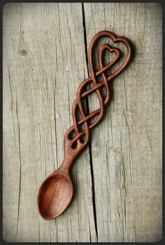 Celtic Knot Lovespoon by pagan-art Wooden Spoon Carving, Carved Spoons, Wood Carving Art, Wood Spoon, Welsh Love Spoons, Spoon Art, Pagan Art, Celtic Art, Celtic Designs