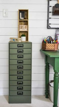 DIY Metal Cabinet Makeover - Have an old, rusty metal cabinet in your garage? Check out this DIY Metal Cabinet Makeover from My Creative Days and bring it out of the dark garage and into your home! Painting Metal Cabinets, Metal Storage Cabinets, Paint Storage, Garage Cabinets, Craft Storage, Kitchen Storage, Kitchen Cabinets, Paint Furniture, Furniture Makeover
