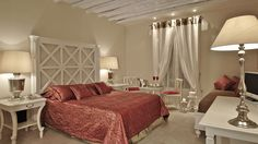 Welcome to La Residence Mykonos Hotel Suites, a luxury suite hotel on the charming island of Mykonos, ideal for wellness , couple and family holidays in Greece. Mykonos Luxury Hotels, Luxury Suites, Hotel Suites, Hotel Spa, Greece Holiday, 5 Star Hotels, Sea, Furniture, Home Decor