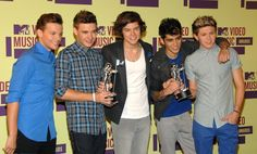 One Direction Photos - 2012 MTV Video Music Awards - Press Room - Zimbio