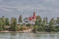 Insule Helsinki Helsinki, Mansions, House Styles, Home Decor, Mansion Houses, Homemade Home Decor, Villas, Fancy Houses, Interior Design