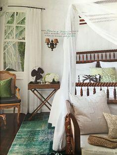 Adorable 88 Simple Tropical Caribbean Bedroom Decor Ideas https://homstuff.com/2017/06/18/88-simple-tropical-caribbean-bedroom-decor-ideas/