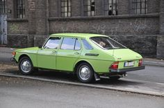 A very 70s colored 99 CC 5dr 1977. SAAB  Mine was a '78 but looked like this