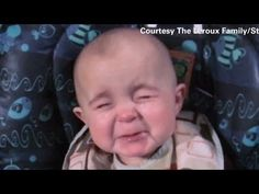 Baby's incredible reaction to mom's singing