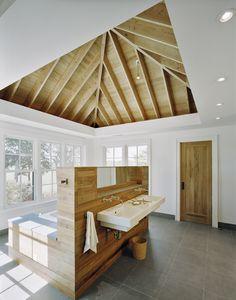 Lacina Heitler Architects #architecture #interior_design #East_Hampton #Hamptons #dream_home #home #house #design_inspiration #bathroom #tub #ceiling_ideas