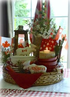 Dining Delight: Canada Day Display in a Tray Canada Day 150, Happy Canada Day, Canada Eh, Canada Day Fireworks, Happy Birthday Canada, Canada Day Crafts, Canada Day Party, Open A Party, Canada Holiday