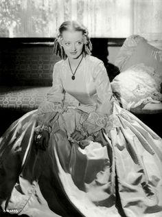 Bette Davis (p101)