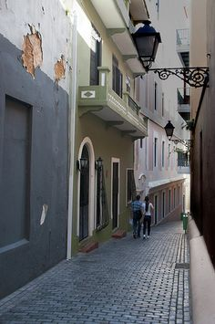 Old San Juan, PR #embgroup    http://www.facebook.com/EnriqueMaldonadoJr