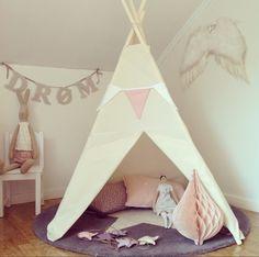 @benogjo Teepee tent, pastel girl room. Maileg bunny and tilda doll
