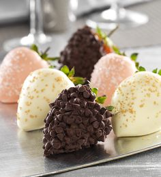 Fannie May Love & Romance Chocolate Dipped Strawberries