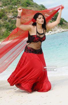 Actress Anushka Shetty Hot navel show-Seducing Pictures Indian Actress Hot Pics, Beautiful Indian Actress, Beautiful Actresses, Beautiful Women, Actress Anushka, Bollywood Actress, Hot Actresses, Indian Actresses, Tamanna Hot Images