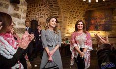 الملكة رانيا تلتقي أردنيات ناشطات على مواقع…: أعربت زوجة العاهل الأردني الملكة رانيا العبدالله، الأربعاء، عن فخرها بوجود مجموعة من السيدات…