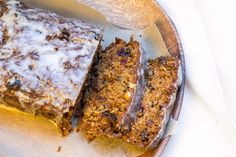 Pastinakenkuchen mit Zimtglasur (parsnip walnut cake or bars with cinnamon) - Lunch For One