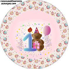 http://www.fazendoanossafesta.com.br/2012/06/1-ano-menina-ursinho-kit-completo-com-molduras-para-convites-rotulos-para-guloseimas-lembrancinhas-e-imagens.html/