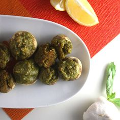 If you have a nut-allergy, try replacing the cashews with pumpkin seeds or sunflower seeds. These vegan pesto stuffed mushrooms are always a total hit with vegans and omnivores alike! Vegetarian Appetizers, Vegan Snacks, Vegan Dinners, Healthy Snacks, Vegetarian Recipes, Vegan Food, Eating Vegan, Healthy Eating, Healthy Meals To Cook