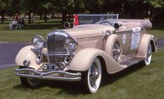 1935 Duesenberg Murphy Convertible Sedan