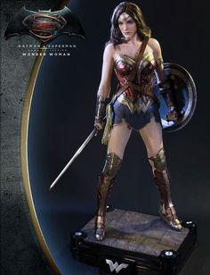 Superman Wonder Woman, Wonder Woman Art, Gal Gadot Wonder Woman, Wonder Women, Batman Vs Superman, Superman Dawn Of Justice, Batgirl, Statues, Daughter Of Zeus