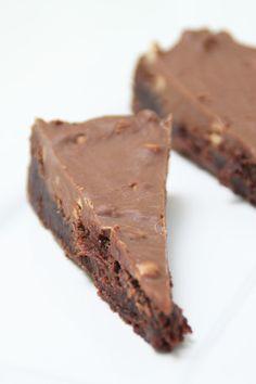 Kladdkaka med digestive choklad Danish Dessert, Mud Cake, No Bake Snacks, Pavlova, Something Sweet, Desert Recipes, Let Them Eat Cake, No Bake Cake, Great Recipes