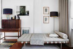 That Desk!!! & the bed! MCM SWOON    (via plastolux)    Mikel Irastorza modern interiors mid century