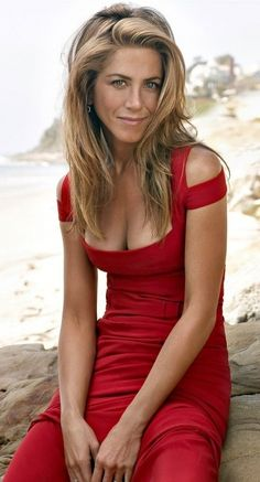 Jennifer Aniston | Red