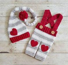Crochet Baby Hats Completino delizioso per maschietto o femminuccia!...