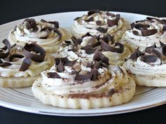 These cookies are so pretty and even more delicious! We are big fans of Tiramisu. Last year I made a delicious . Layered Desserts, Just Desserts, Delicious Desserts, Chocolate Peanut Butter Cookies, Soft Sugar Cookies, Tiramisu Cookies, Cookie Brownie Bars, Cookies Et Biscuits, Cookie Recipes