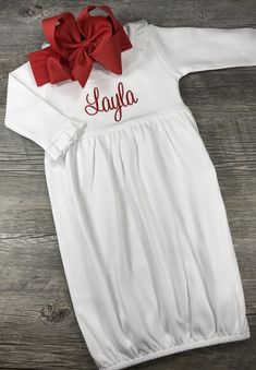 Baby Girl Coming Home Outfit, Monogrammed Baby Gown, Personalized Newborn Day Gown, Bow Headband, Ba Newborn Christmas Outfits Girl, Baby Girl Christmas, Going Home Outfit, Girls Coming Home Outfit, Christmas Nightgowns, Baby Monogram, Baby Gown, Girl Outfits, Monograms