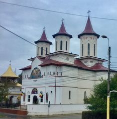 Romania, Notre Dame, Mansions, House Styles, Building, Travel, Viajes, Manor Houses, Villas