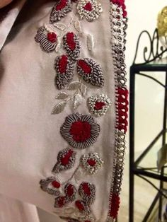Moroccan Randa and Moroccan Tailoring: Masterpieces of . Zardosi Embroidery, Hand Work Embroidery, Couture Embroidery, Embroidery Motifs, Simple Embroidery, Embroidery Suits, Hand Embroidery Designs, Beaded Embroidery, Broderie Simple
