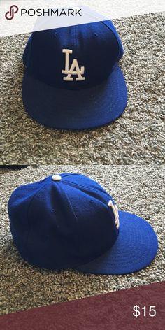 LA Dodgers Hat Royal blue dodgers hat size- 7&1/8 Accessories Hats