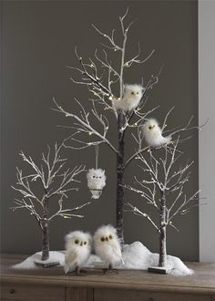 Stunning White Winter Decor Ideas You Must Try - Happy Christmas - Noel 2020 ideas-Happy New Year-Christmas Christmas Owls, Woodland Christmas, Rustic Christmas, Winter Christmas, Christmas Crafts, Xmas, White Twig Christmas Tree, White Christmas Ornaments, Christmas Tree Branches