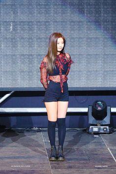 Blackpink Fashion, Korean Fashion, Fashion Outfits, Womens Fashion, Stage Outfits, Kpop Outfits, Cute Outfits, Kim Jennie, Estilo Madison Beer